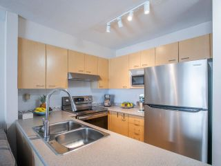 Photo 13: 7 6577 SOUTHOAKS CRESCENT in Burnaby: Highgate Townhouse for sale (Burnaby South)  : MLS®# R2542277