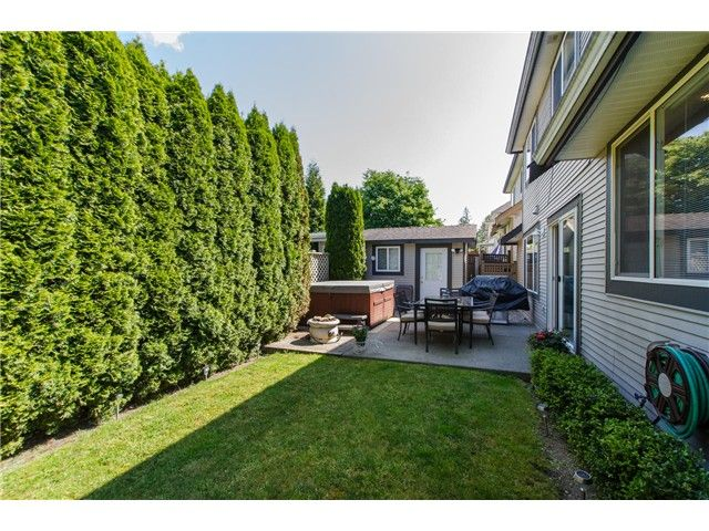"""Photo 19: Photos: 7548 147A Street in Surrey: East Newton House for sale in """"Chimney Heights"""" : MLS®# F1440395"""