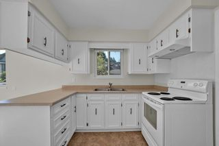 Photo 10: 3544 MARSHALL Street in Vancouver: Grandview Woodland House for sale (Vancouver East)  : MLS®# R2613906