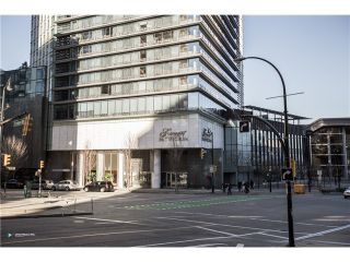 Photo 15: # 3903 1011 W CORDOVA ST in Vancouver: Coal Harbour Condo for sale (Vancouver West)  : MLS®# V1097902