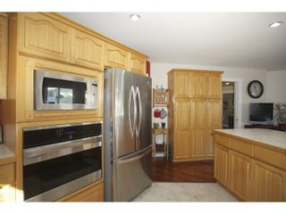 """Photo 12: 31452 JEAN Court in Abbotsford: Abbotsford West House for sale in """"Bedford Landing"""" : MLS®# R2012807"""
