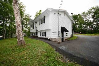 Photo 3: 400 Lakeview Avenue in Middle Sackville: 26-Beaverbank, Upper Sackville Residential for sale (Halifax-Dartmouth)  : MLS®# 202014333