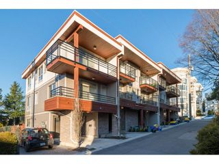 Photo 1: 5 15118 THRIFT Avenue: White Rock Townhouse for sale (South Surrey White Rock)  : MLS®# R2134991