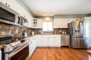 """Photo 5: 21538 50 Avenue in Langley: Murrayville House for sale in """"Murrayville"""" : MLS®# R2599675"""