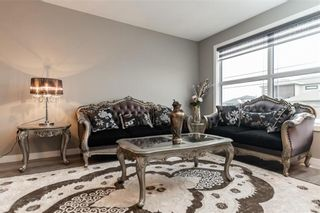 Photo 5: 27 Creemans Crescent in Winnipeg: Charleswood Residential for sale (1H)  : MLS®# 202102206
