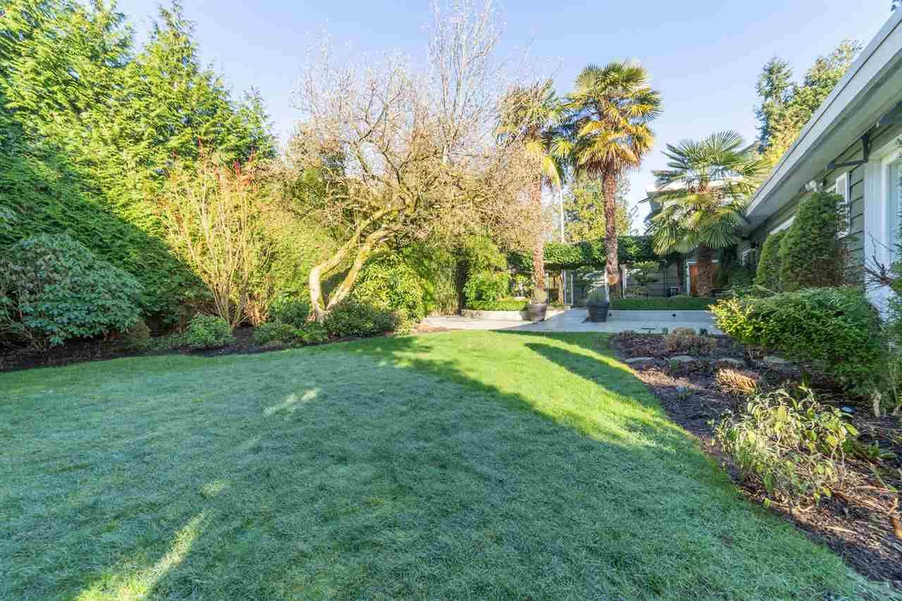 Main Photo: 3752 W 50TH Avenue in Vancouver: Southlands House for sale (Vancouver West)  : MLS®# R2437685