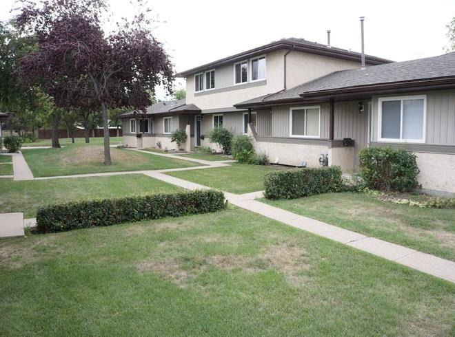 Main Photo: 129 8930 99 Avenue: Fort Saskatchewan Townhouse for sale : MLS®# E4261228