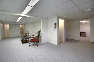 Photo 32: 9375 172 Street in Edmonton: Zone 20 House Half Duplex for sale : MLS®# E4246345