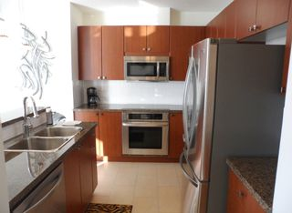 """Photo 4: # 1901 11 E ROYAL AV in New Westminster: Fraserview NW Condo for sale in """"VICTORIA HILL HIGH RISES"""" : MLS®# V1002340"""