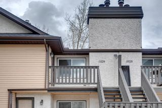 Photo 1: 11624 Oakfield Drive SW in Calgary: Cedarbrae Row/Townhouse for sale : MLS®# A1104989