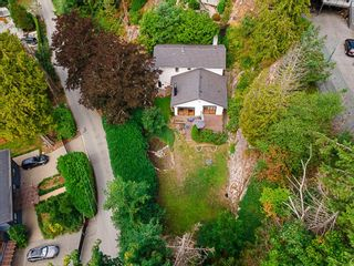 Photo 18: 4920 BEACON Lane in West Vancouver: Olde Caulfeild House for sale : MLS®# R2608184