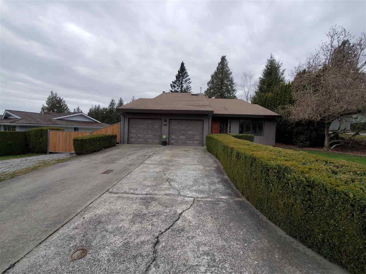 """Main Photo: 34949 EVERETT Drive in Abbotsford: Abbotsford East House for sale in """"Everett Estates"""" : MLS®# R2556370"""