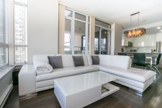 """Photo 7: 2301 2077 ROSSER Avenue in Burnaby: Brentwood Park Condo for sale in """"VANTAGE"""" (Burnaby North)  : MLS®# R2058471"""
