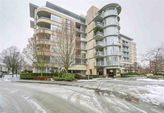 Photo 2: 411 2655 CRANBERRY Drive in Vancouver: Kitsilano Condo for sale (Vancouver West)  : MLS®# R2343223