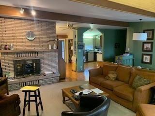 Photo 5: 284 MAIN Street in Landmark: R05 Residential for sale : MLS®# 202008953