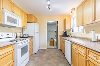 Photo 2: 2193 Blue Jay Way in : Na Cedar House for sale (Nanaimo)  : MLS®# 873899