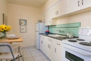 """Photo 9: 203 1565 BURNABY Street in Vancouver: West End VW Condo for sale in """"Seacrest Apartments Limited"""" (Vancouver West)  : MLS®# R2450199"""