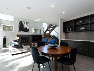 Photo 12: 2003 Runnymede Ave in : Vi Fairfield East House for sale (Victoria)  : MLS®# 853915