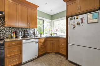 "Photo 10: 972 BALBIRNIE Boulevard in Port Moody: Glenayre House for sale in ""Glenayre"" : MLS®# R2504269"