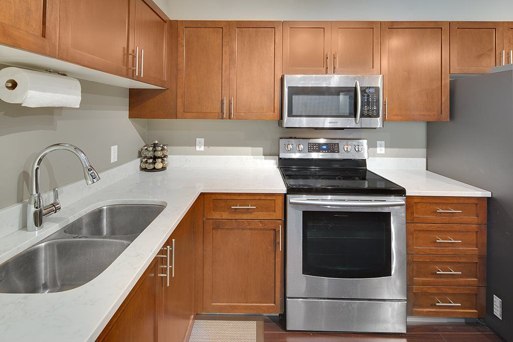 Photo 8: Photos: 11 2120 CENTRAL AVENUE in Port Coquitlam: Central Pt Coquitlam Condo for sale : MLS®# R2183579