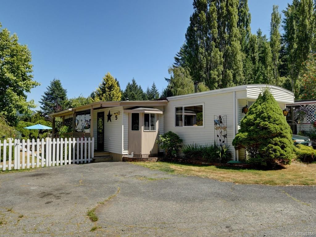 Main Photo: 5 2615 Otter Point Rd in Sooke: Sk Broomhill Manufactured Home for sale : MLS®# 845766
