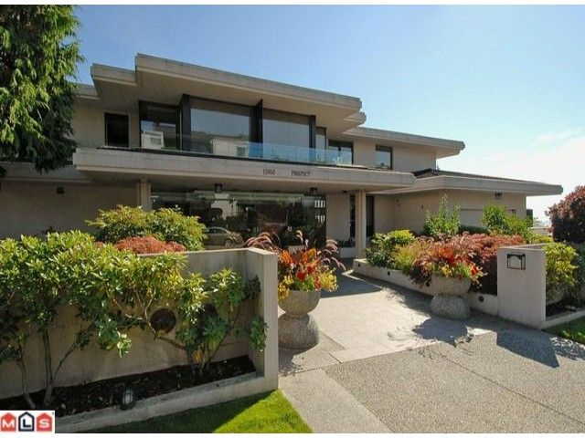 Main Photo: 301 15050 PROSPECT Avenue: White Rock Condo for sale (South Surrey White Rock)  : MLS®# F1121658