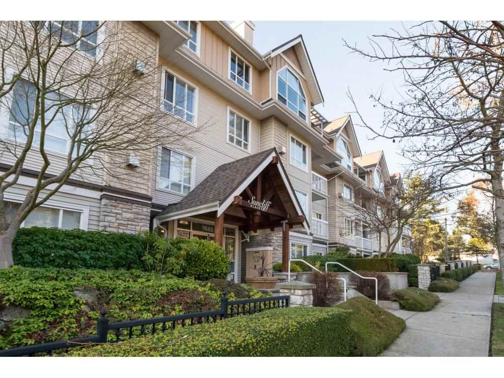 Main Photo: 204 1685 152A STREET in Surrey: King George Corridor Condo for sale (South Surrey White Rock)  : MLS®# R2228251