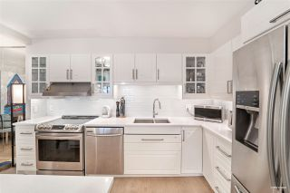 """Photo 5: 36 1425 LAMEY'S MILL Road in Vancouver: False Creek Condo for sale in """"Harbour Terrace"""" (Vancouver West)  : MLS®# R2548532"""