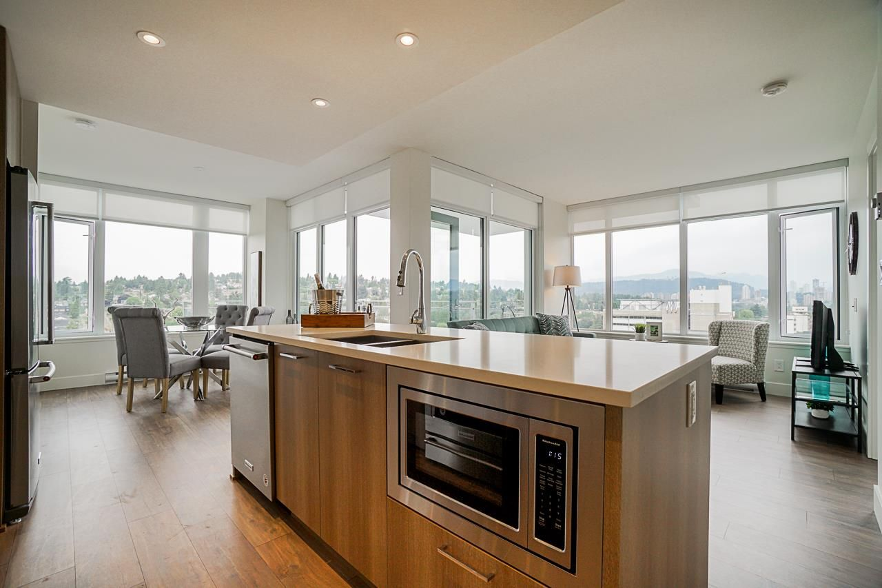 """Main Photo: 1804 258 NELSON'S Court in New Westminster: Sapperton Condo for sale in """"The Columbia"""" : MLS®# R2506476"""