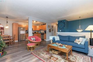 Photo 4: 617 Hoylake Ave in VICTORIA: La Thetis Heights Half Duplex for sale (Langford)  : MLS®# 775869