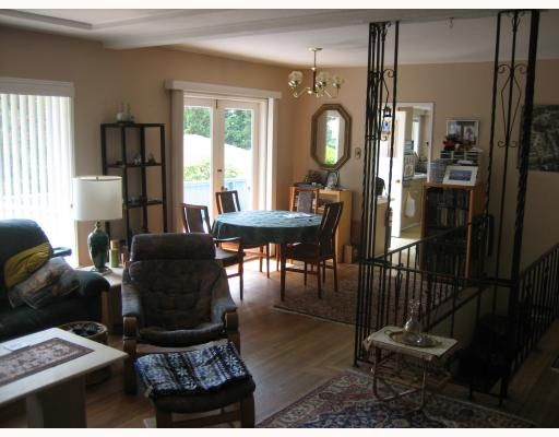 """Photo 5: Photos: 2460 MATHERS Avenue in West Vancouver: Dundarave House for sale in """"Dundarave"""" : MLS®# V784570"""
