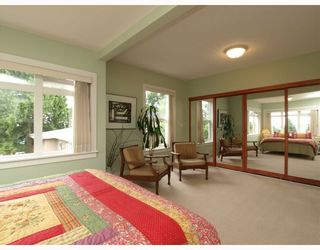 Photo 8: 429 E 6TH Street in North_Vancouver: Lower Lonsdale House for sale (North Vancouver)  : MLS®# V777007