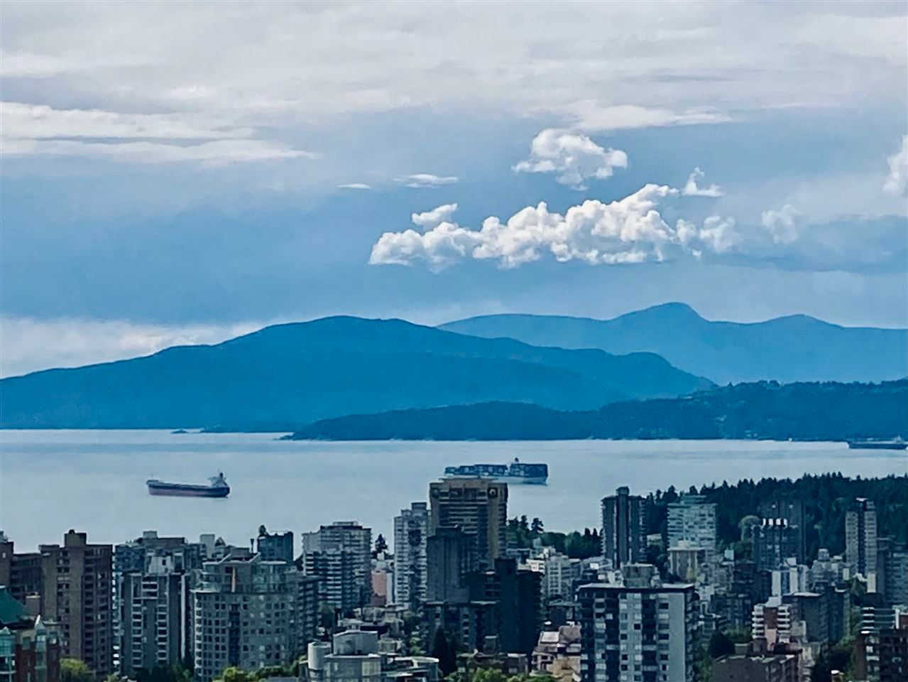 Main Photo: 4802 777 RICHARDS Street in Vancouver: Downtown VW Condo for sale (Vancouver West)  : MLS®# R2592214