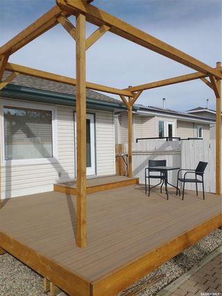 Photo 3: 119 Hall Crescent in Saskatoon: Dundonald Residential for sale : MLS®# SK846316