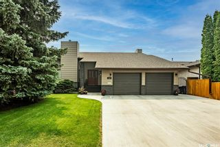 Photo 1: 317 Rossmo Road in Saskatoon: Forest Grove Residential for sale : MLS®# SK864416