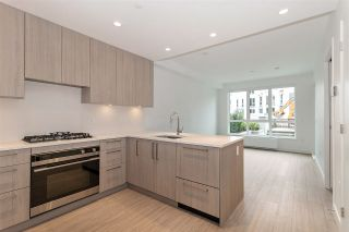 "Photo 3: 101 733 E 3RD Street in North Vancouver: Lower Lonsdale Condo for sale in ""Green on Queensbury"" : MLS®# R2452551"