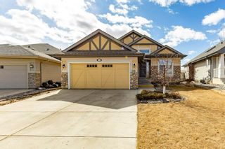 Photo 1: 918 CHAHLEY Crescent in Edmonton: Zone 20 House for sale : MLS®# E4237518