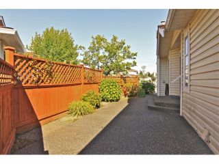 """Photo 20: 6 9163 FLEETWOOD Way in Surrey: Fleetwood Tynehead Townhouse for sale in """"Fountains of Guildford"""" : MLS®# F1323715"""