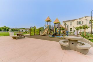 Photo 18: OCEANSIDE House for sale : 4 bedrooms : 4128 Via Del Ray