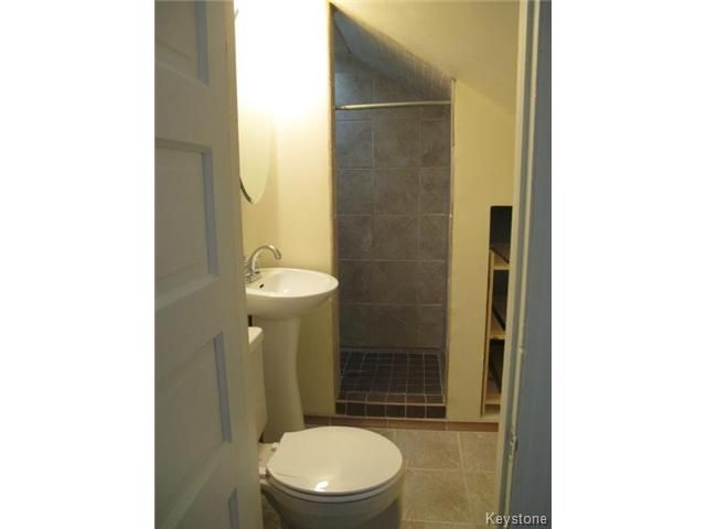 Photo 17: Photos:  in WINNIPEG: North End Residential for sale (North West Winnipeg)  : MLS®# 1404958