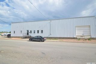 Photo 2: 754 Fairford Street West in Moose Jaw: Central MJ Commercial for sale : MLS®# SK860749