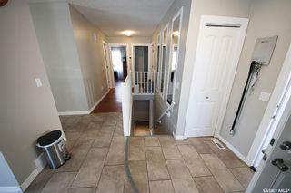 Photo 3: 7010 Lawrence Drive in Regina: Rochdale Park Residential for sale : MLS®# SK858455