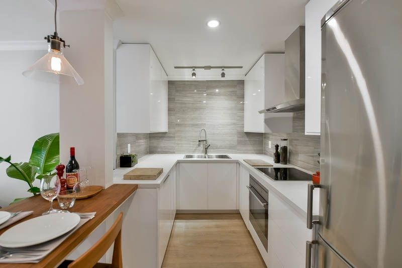 """Main Photo: 207 349 E 6TH Avenue in Vancouver: Mount Pleasant VE Condo for sale in """"Landmark House"""" (Vancouver East)  : MLS®# R2085841"""