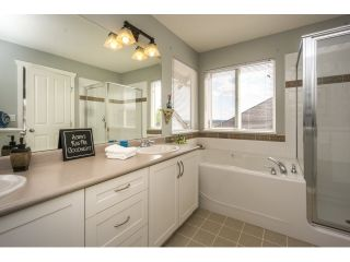 "Photo 11: 20148 70 Avenue in Langley: Willoughby Heights House for sale in ""JEFFRIES BROOK BY MORNINGSTAR"" : MLS®# R2061468"