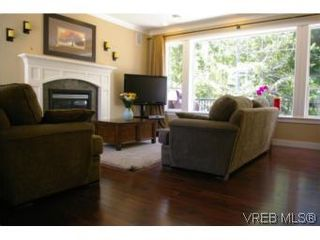 Photo 5: 3342 Sewell Rd in VICTORIA: Co Triangle House for sale (Colwood)  : MLS®# 550573