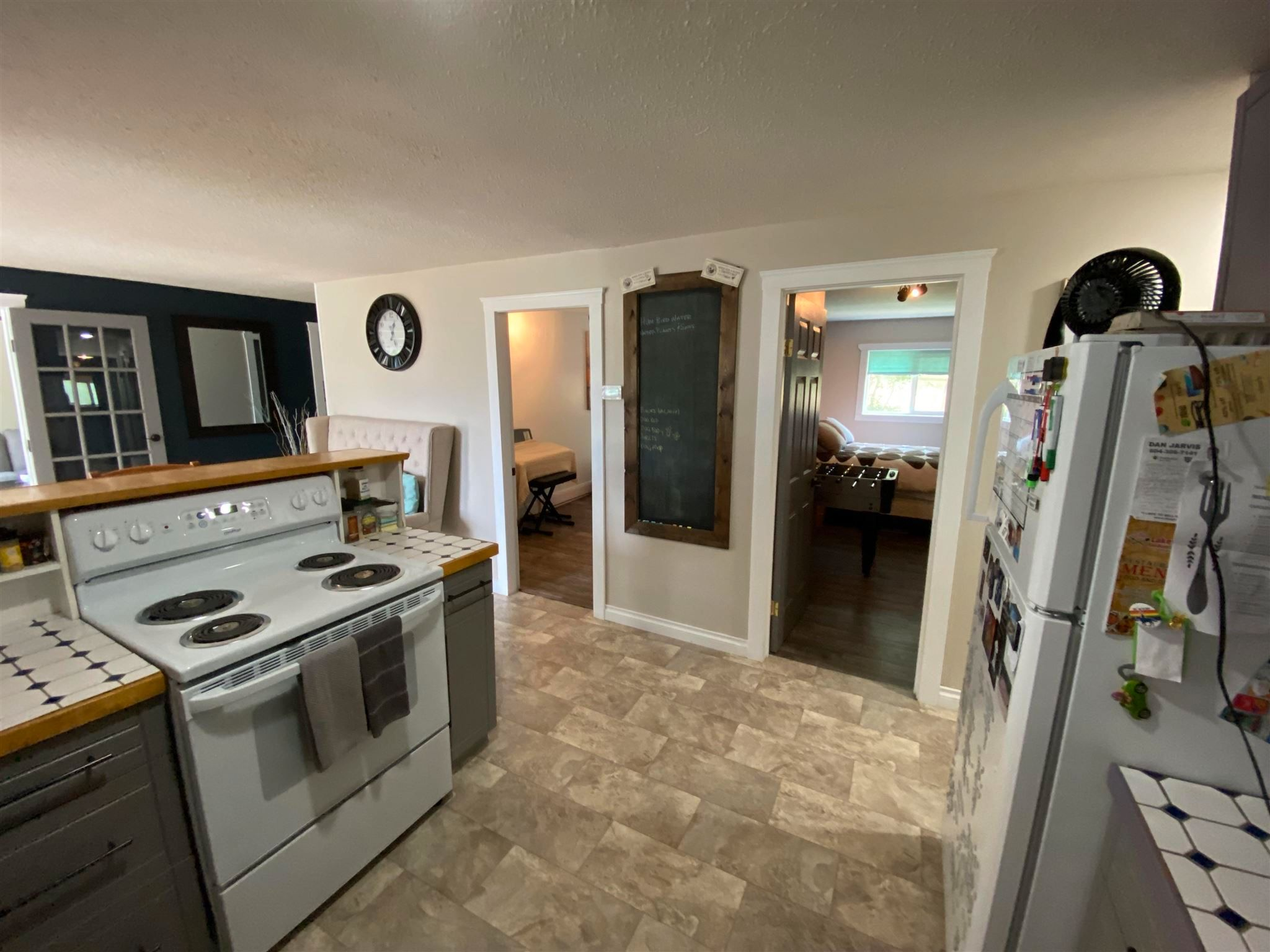 """Photo 11: Photos: 1806 JUNIPER Street in Williams Lake: Williams Lake - City House for sale in """"SOUTH LAKESIDE"""" (Williams Lake (Zone 27))  : MLS®# R2601973"""