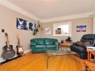 Photo 2: 468 Foster St in VICTORIA: Es Saxe Point House for sale (Esquimalt)  : MLS®# 655186