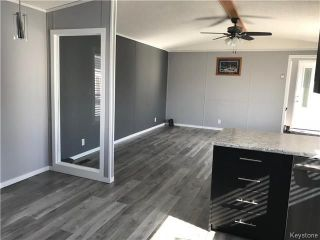 Photo 12: 14 Hornshaw Street in Pine Ridge: Pineridge Trailer Park Residential for sale (R02)  : MLS®# 1807564