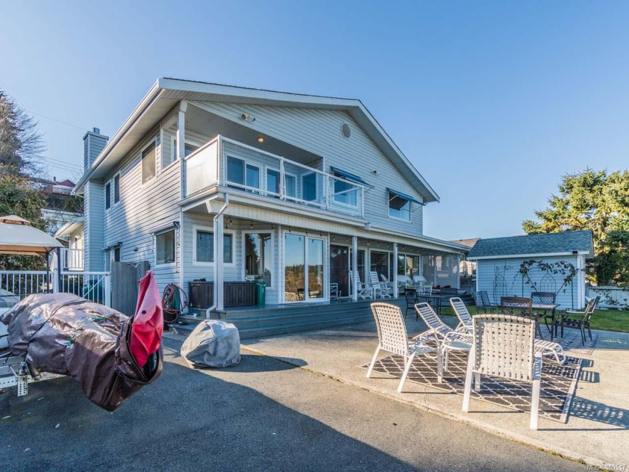 Main Photo: 2600 Randle Rd in : Na Departure Bay House for sale (Nanaimo)  : MLS®# 863517