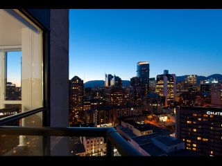 "Photo 11: # 2202 1199 SEYMOUR ST in Vancouver: Downtown VW Condo for sale in ""BRAVA"" (Vancouver West)  : MLS®# V1033200"